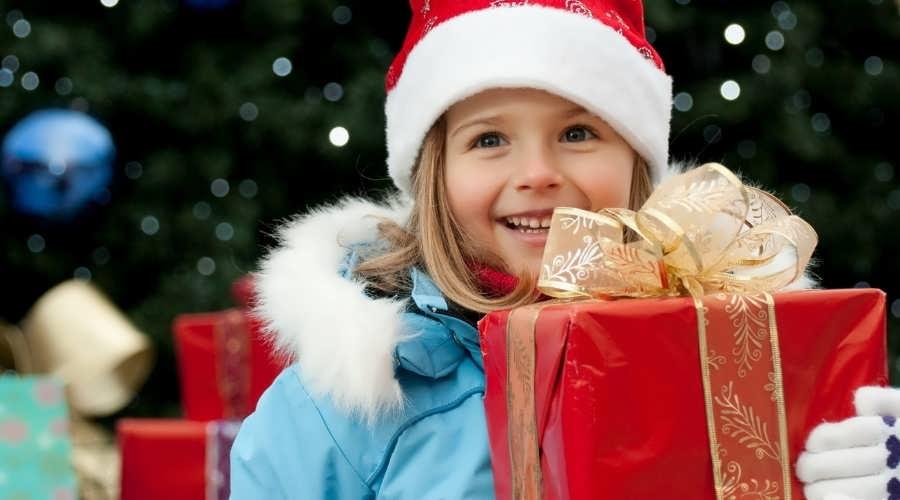 Лучшие подарки детям на Новый год 2019