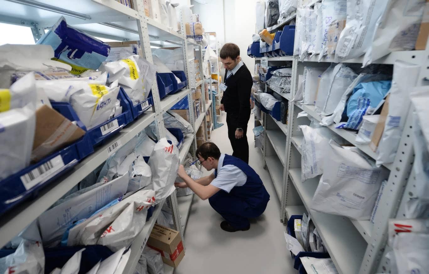 живет ли коронавирус на посылках